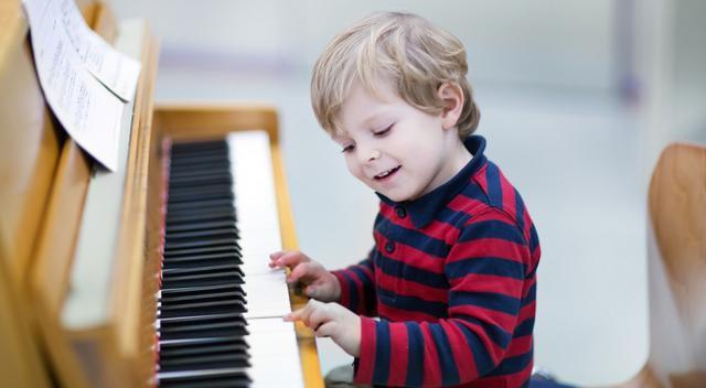 Влияют ли занятия музыкой на развитие ребенка