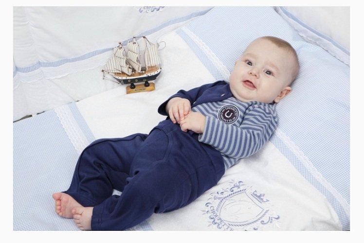 Выбор правильной одежды для новорожденных