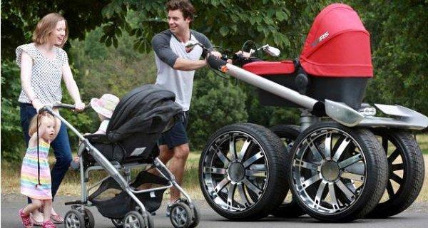 Какая коляска лучше для новорожденного