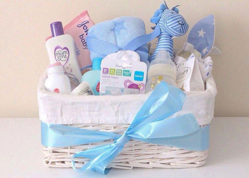Подарок новорожденному ребенку