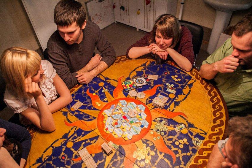 Игры на логику и мышление с друзьями