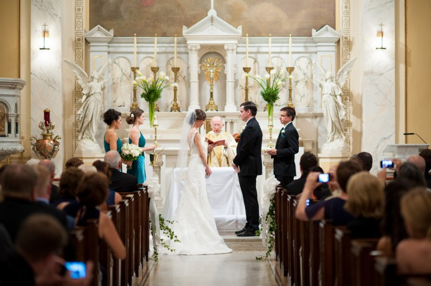Сколько стоит венчание в церкви