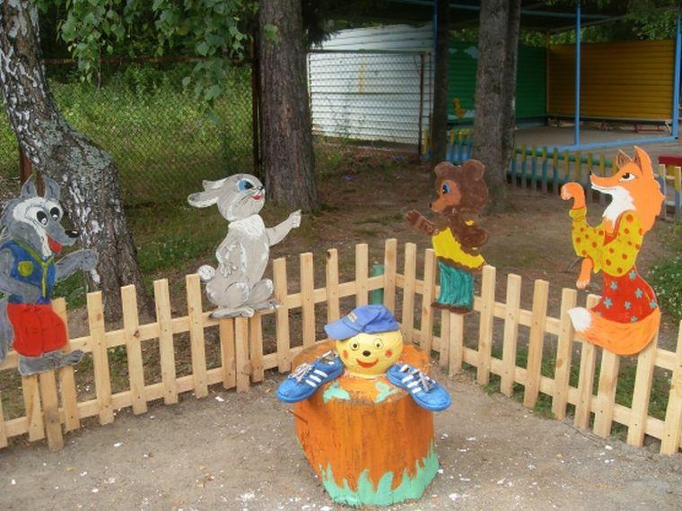Идеи украшений для детской площадки своими руками: фото поделок