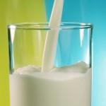 Выдача молока за вредные условия труда в 2018 году: кому положено?