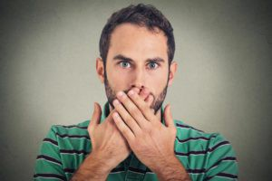 Как избавиться от икоты: быстро перестать икать можно!
