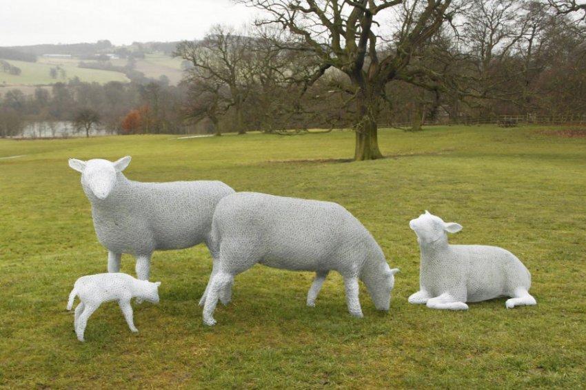 Садовые скульптуры: 120 фото вариантов необычных форм и особенности декорирования