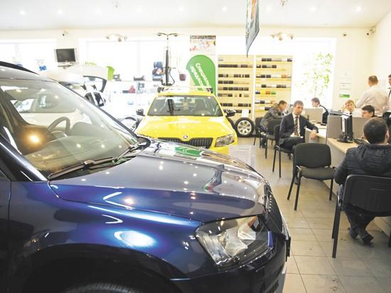 Стоит ли покупать машину по программам «Первый автомобиль» и «Семейный автомобиль» — Экономика