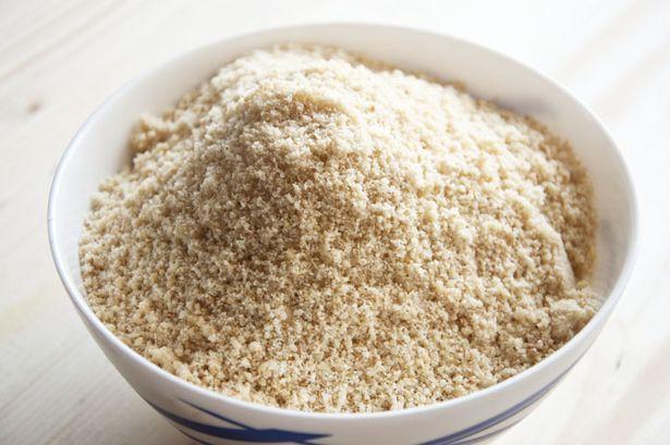Миндальная мука: состав, польза и вред, применение и калорийность миндальной муки