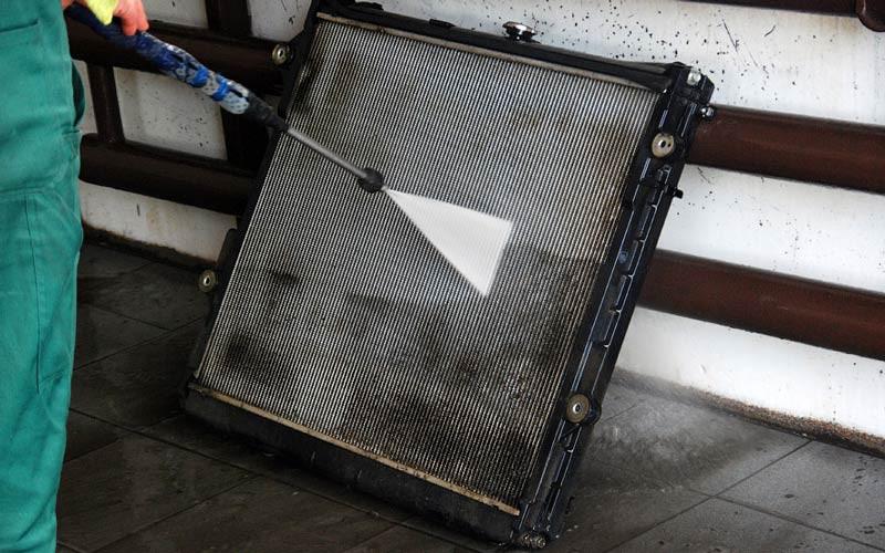 Очистка и промывка радиатора автомобиля внутри и снаружи