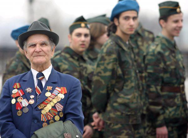 Какая прибавка к пенсии военным пенсионерам будет в 2019 году?