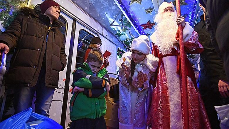 Метро в Москве на Новый год 2019: расписание, будет работать всю ночь или нет, транспорт в Москве в новогоднюю ночь 2019