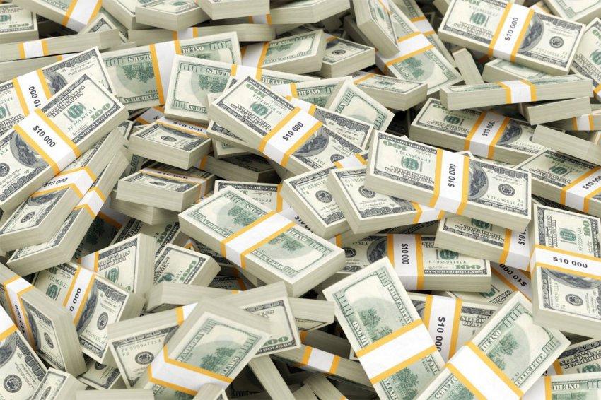 Курс доллара на 23 января – рубль умеренно слабеет вслед за нефтью