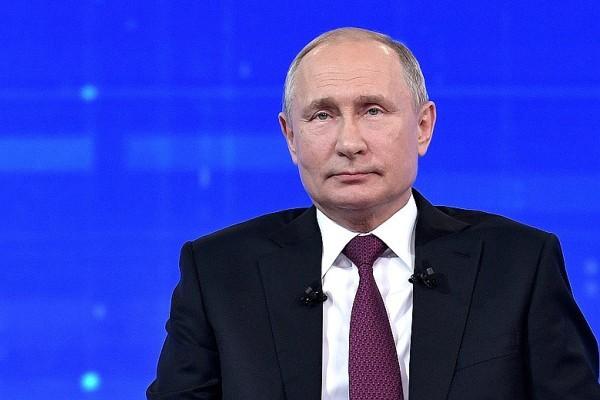 Путин полностью завладел телеэфиром среди политиков