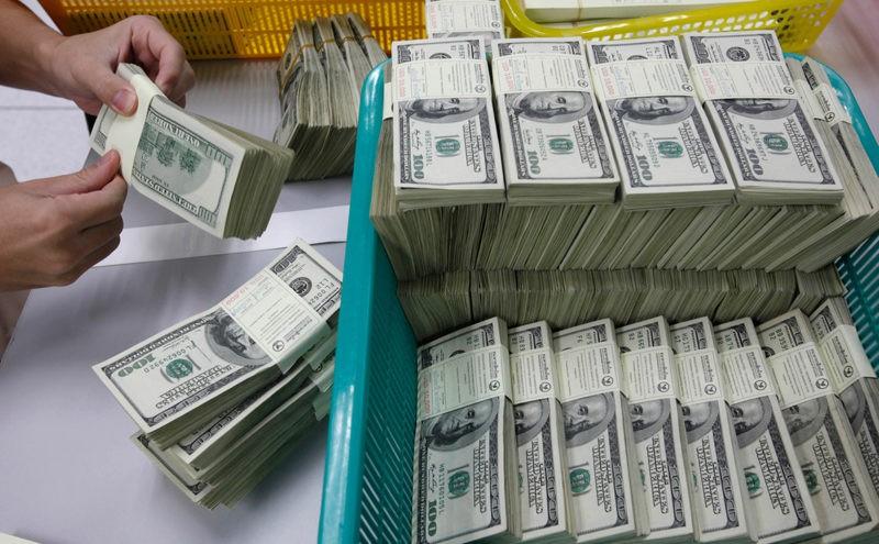 Роснефть уходит от доллара