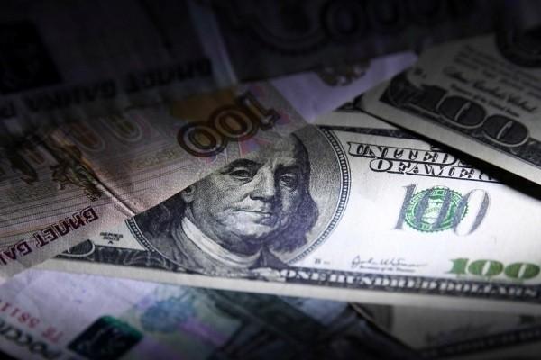 В США сделали ставку на слабый доллар