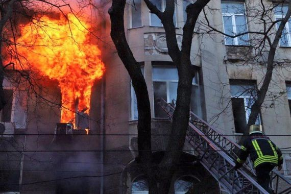 В Одессе полыхает колледж. Число пострадавших превысило 20 человек