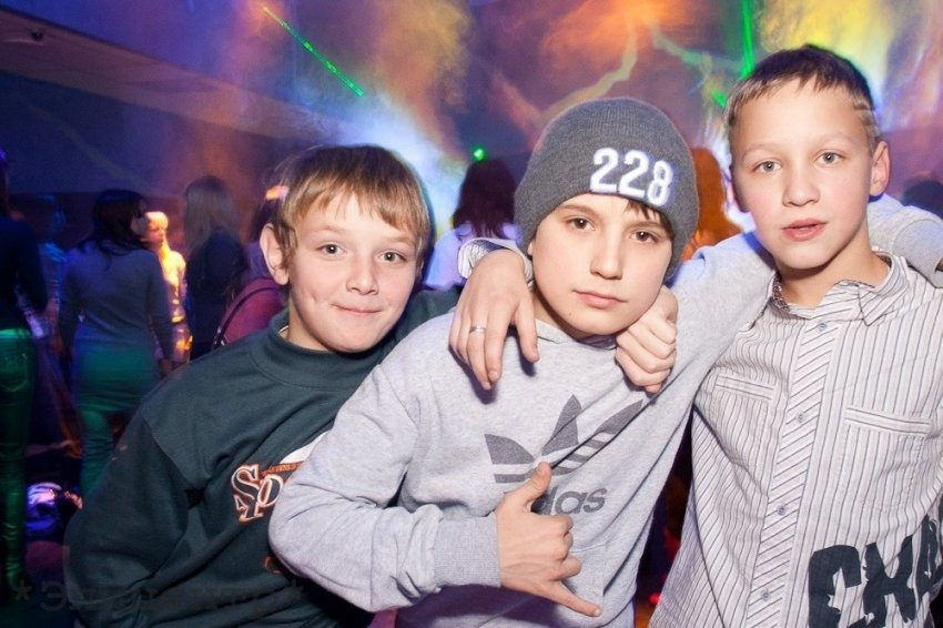 """Метаморфозы молодёжи: хроники """"взросления"""" детей"""