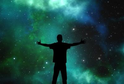 Астрологи назвали 5 законов Вселенной, о которых важно помнить в 2020 году