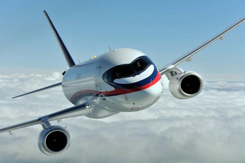 Самолет «Будапешт – Москва», подавший сигнал тревоги в воздухе, совершил посадку