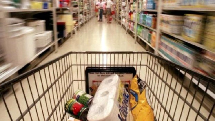 Как запастись продуктами и бытовой химией максимально экономно