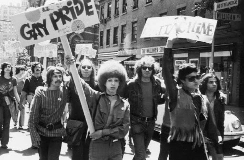 Почему гомосексуализм исключили из ряда психиатрических заболеваний?