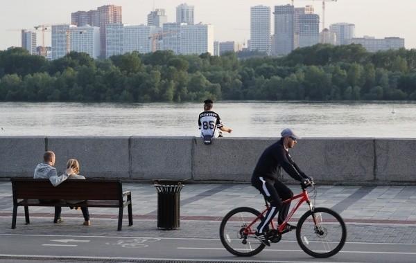 В Новосибирске продолжает действовать самоизоляция