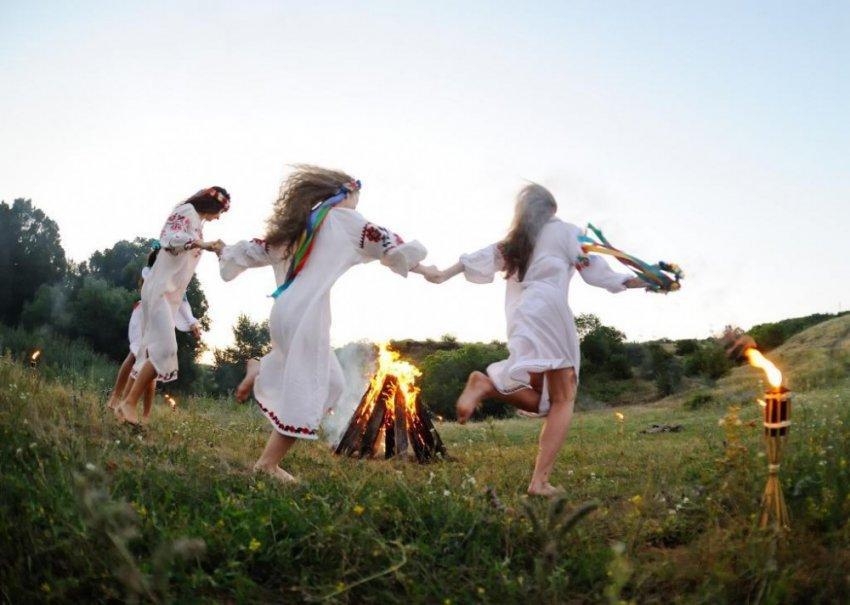Летнее солнцестояние: празднование разных народов мира