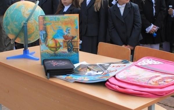 Вопрос об открытии школ в России остается открытым