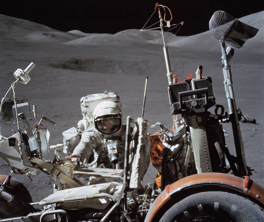 Полёты на Луну возобновляются? За и Против