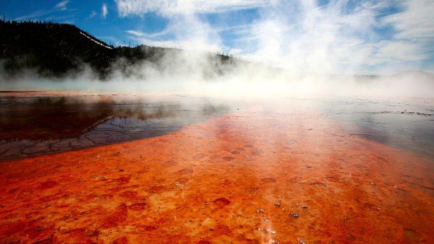 Йеллоустоун: Геологическая служба США опубликовала отчет о состоянии супервулкана за июль 2020 года