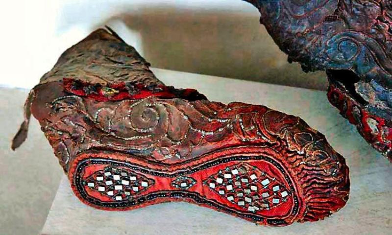 В Алтайских горах нашли женский сапог возрастом более 2000 лет