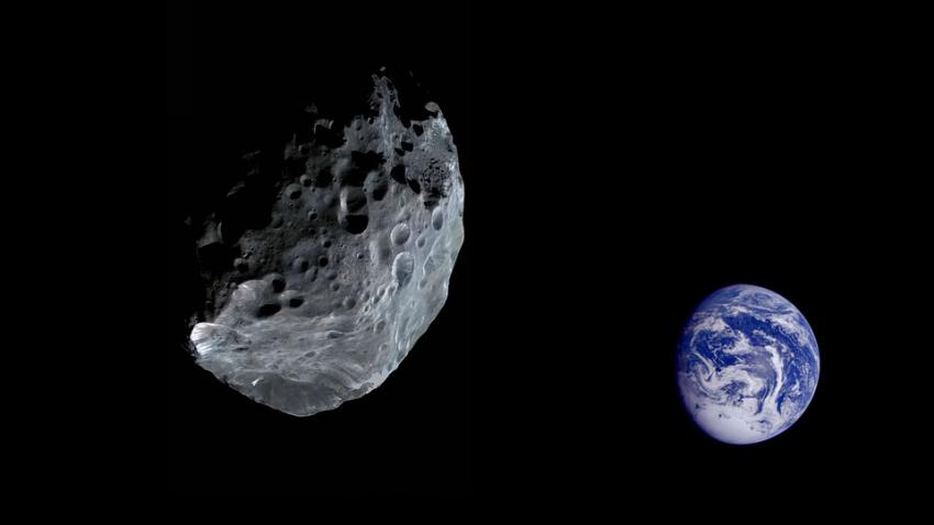 Возле Земли на рекордно малом расстоянии пролетел астероид