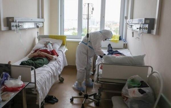 За минувшие сутки в России выявили почти 10 тысяч заболевших коронавирусом