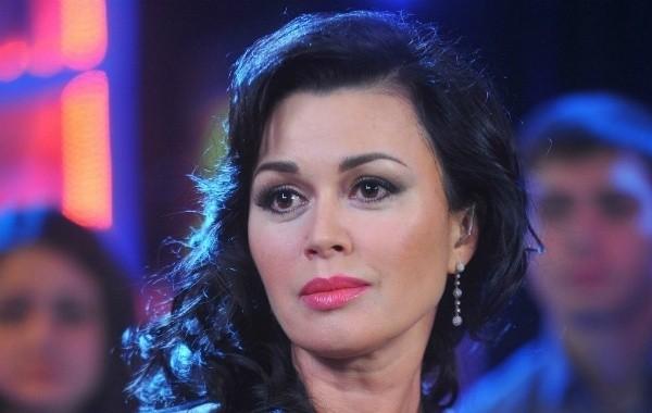 Дочь Заворотнюк намекнула на улучшение самочувствия актрисы