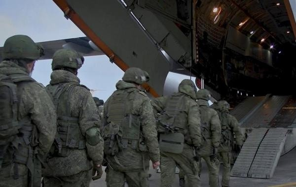 Отправка российских военных в Карабах началась за сутки до подписания соглашения о прекращении войны