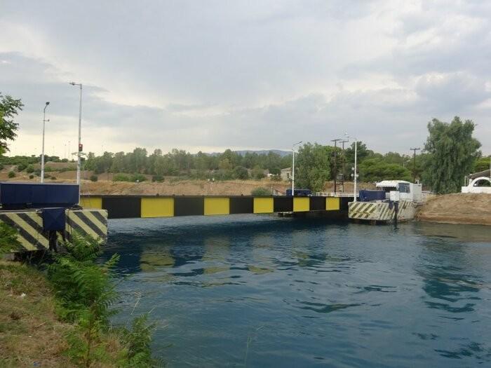 9 необычных инженерных решений для разводных мостов