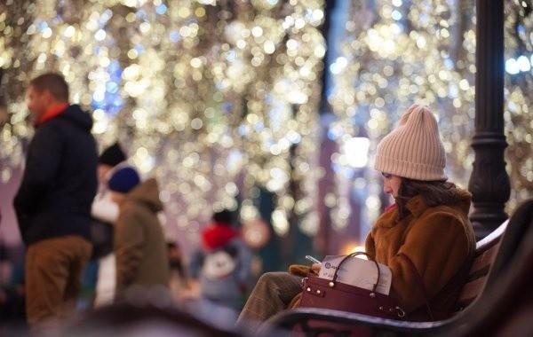 Новогодние каникулы в 2021 году могут продлить из-за коронавируса