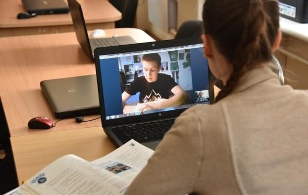 ВУЗы Москвы и Санкт-Петербурга переведены на удаленное обучение