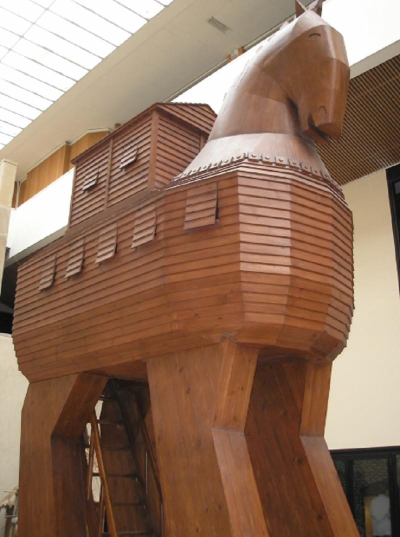 """""""Троянский конь"""" - каков смысл и происхождение этого значения?"""