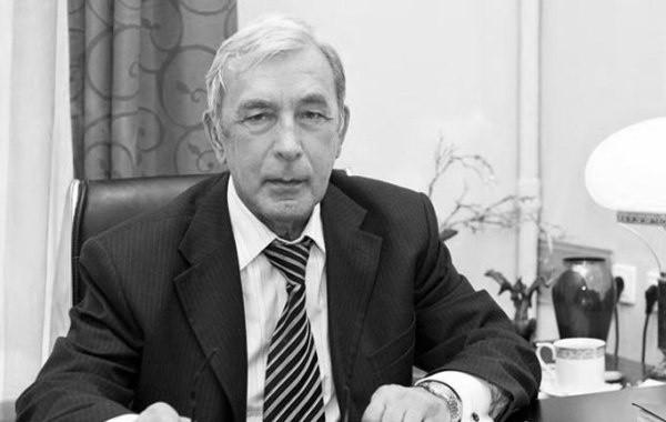 Скончался известный психиатр Михаил Виноградов