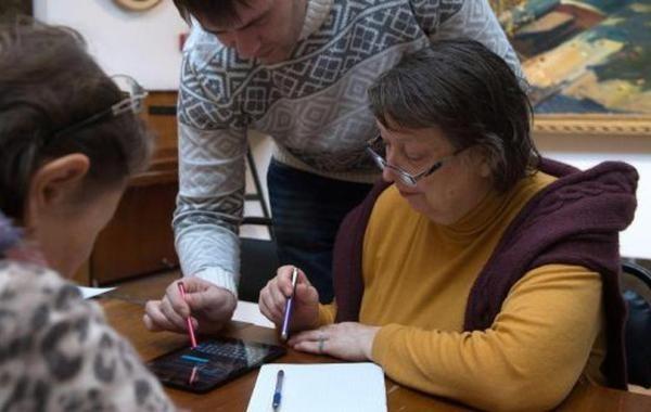 Индексировать пенсии работающим пенсионерам могут начать уже весной