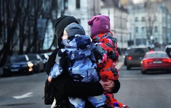 С февраля вырастет размер детских пособий