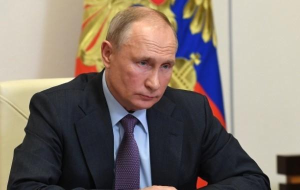 Путин заявил о возможности смягчения ограничений по коронавирусу