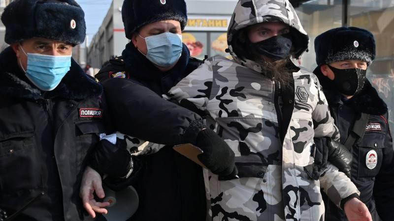 Правительство собирается изменить правила проведения митингов в России