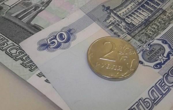 В Кремле рассказали о поэтапном повышении пенсий