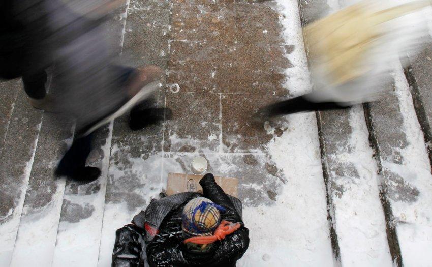 Песков рассказал о проблемах борьбы с бедностью в России