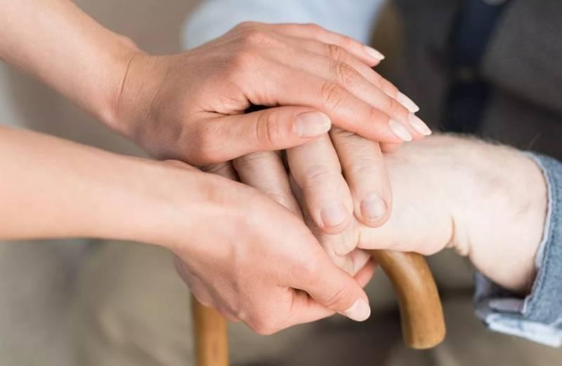 Оформление выплат по уходу за инвалидами и пожилыми людьми стало проще с марта 2021 года