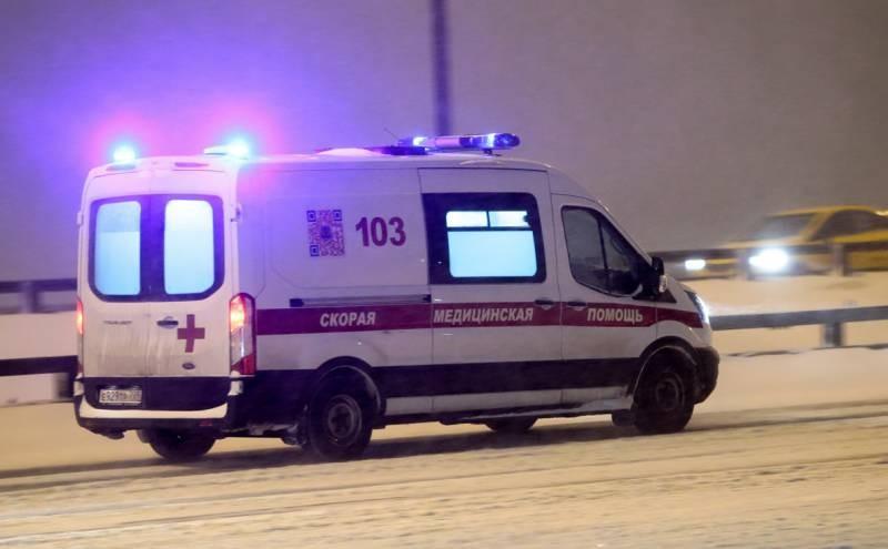 СК проводит расследование дела девочки, которая выпала из окна на улице Барклая в Москве