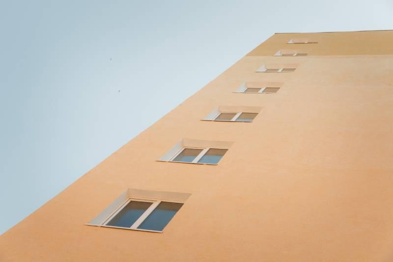 Пятиклассник в Чувашии спрыгнул с 25 этажа, оставив родителям записку