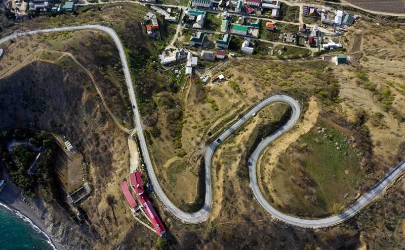 Земельные участи в Крыму запретили покупать иностранцам в 2021 году